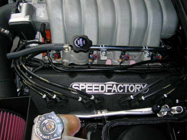 Dodge-Challenger-SRT8-4