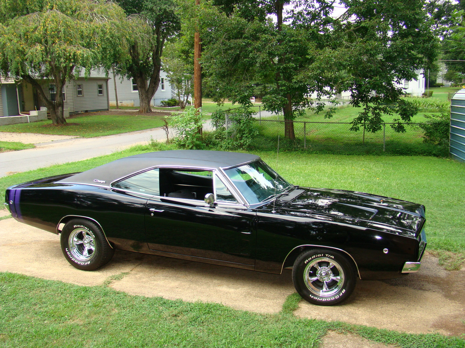 1968 dodge charger and 1969 dodge daytona a real treat for fans of muscle cars top hot cars. Black Bedroom Furniture Sets. Home Design Ideas