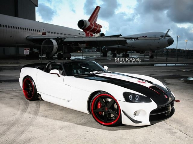 Luxury Cars Is Not Only A Good Car To Be Seen It Also Contains Very Excellent Performance