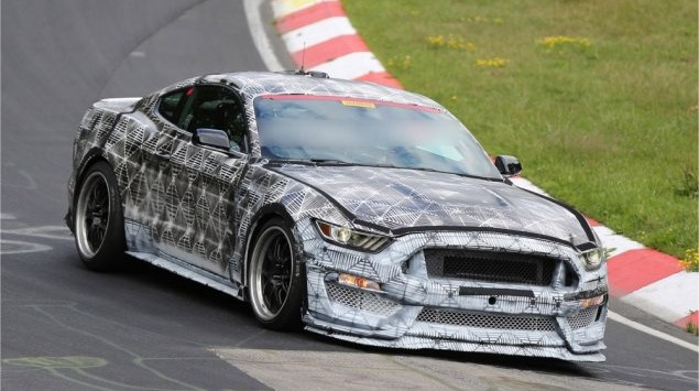 Ford Mustang GT350 SVT