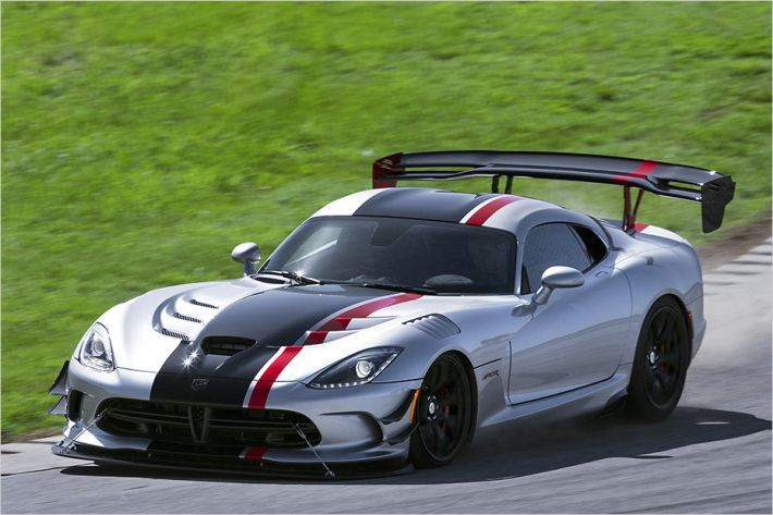 Dodge Viper Acr Launches 8 4 V10 Engine With 654 Hp